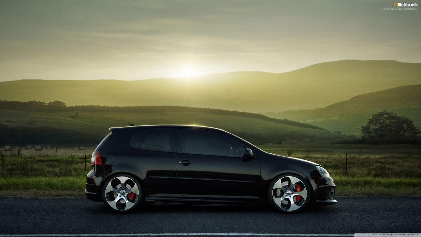 Latest and new sport car wallpapers Volkswagen Golf Gti wallpaper 1366x768