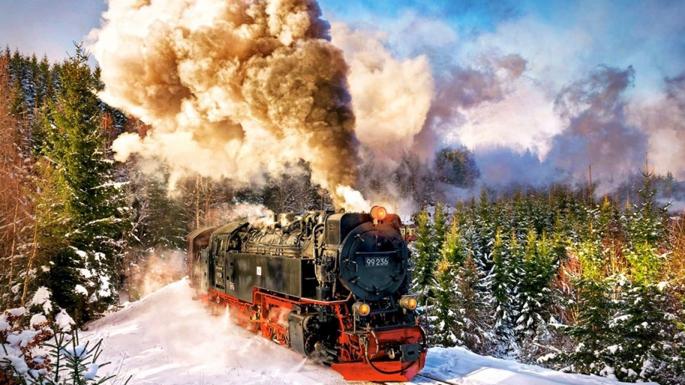 25 Train Wallpapers Backgrounds Images Pictures Design 1366x768