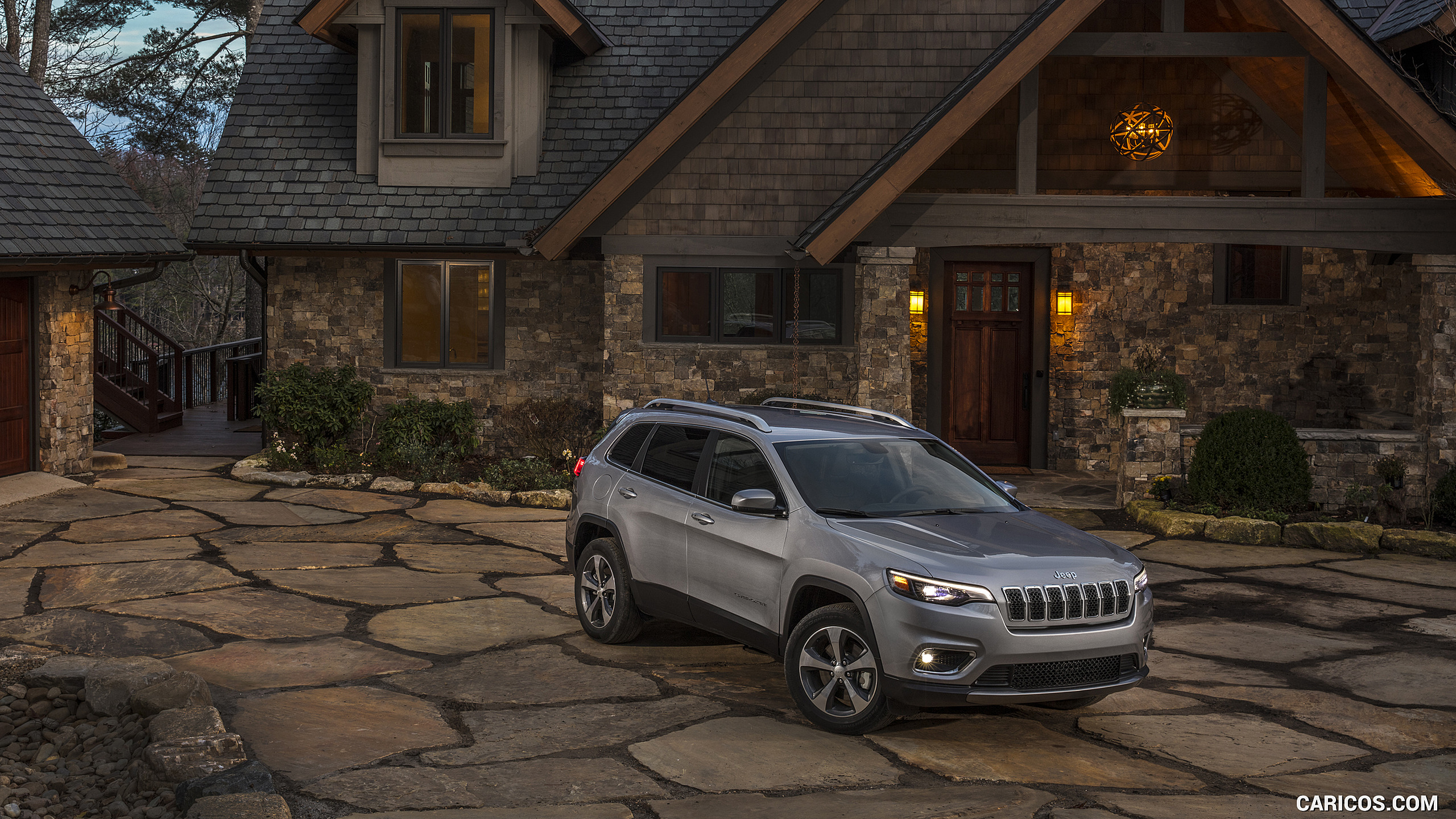 2019 Jeep Cherokee Limited   Front Three Quarter HD Wallpaper 84 2560x1440
