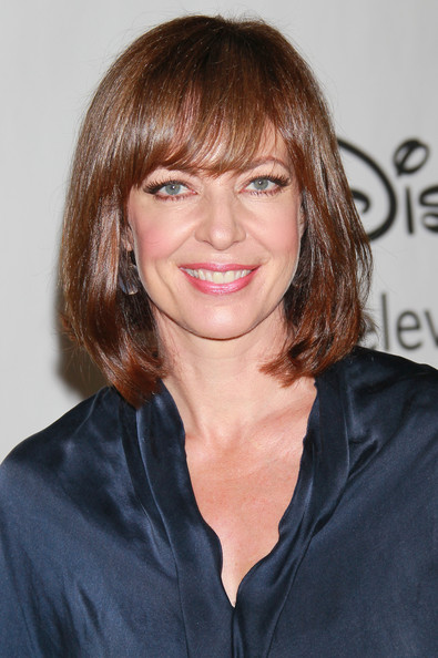 Wallpapers Stock Art Allison Janney   Picture Gallery 395x594