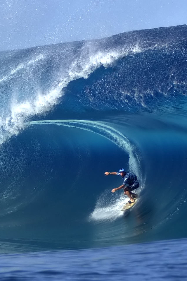 Surfing Sports Iphone 4 Wallpapers 640x960 Hd Wallpaper Pictures 640x960