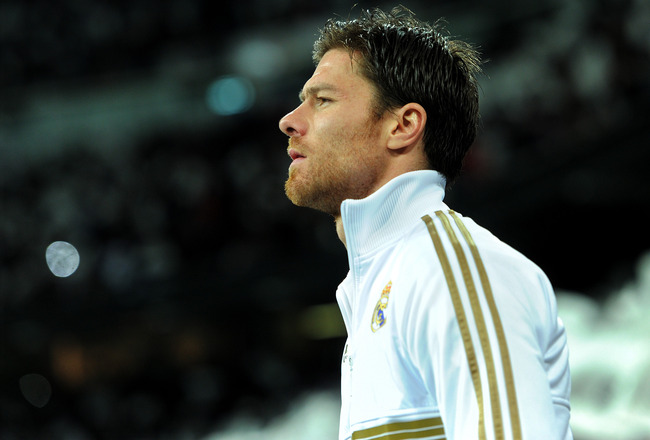 Xabi Alonso Real Madrid 2012 Wallpaper Wallpapers Photos Images 650x440