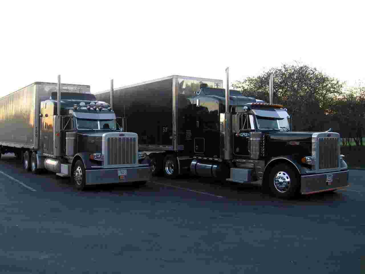Peterbilt 379 08 wallpaper   Peterbilt   Trucks Buses   Wallpaper 1280x960