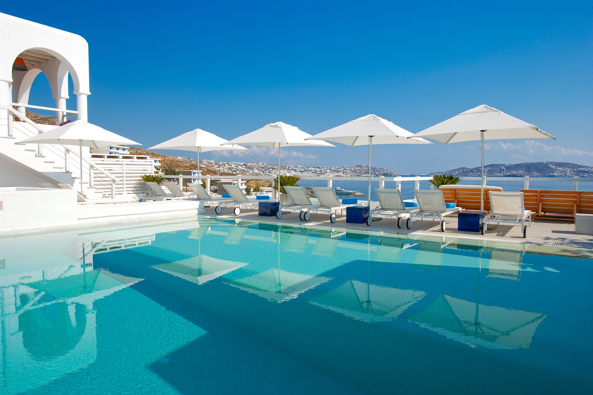 Beautiful villa desktop wallpaper wallpapersafari for Villas with swimming pool