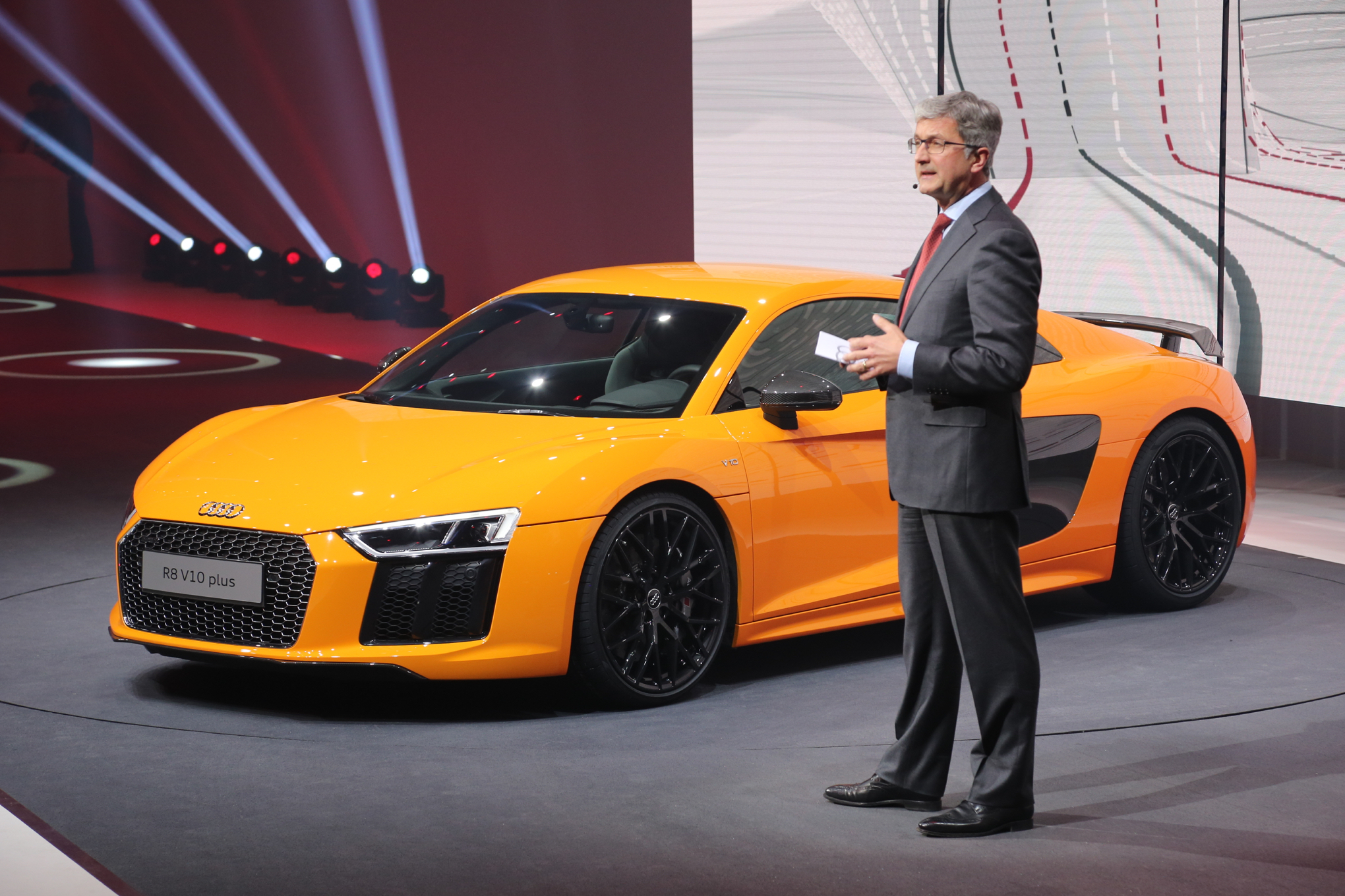 Audi shows 2017 R8 track testing [Video] Car Wallpapers 2040x1360