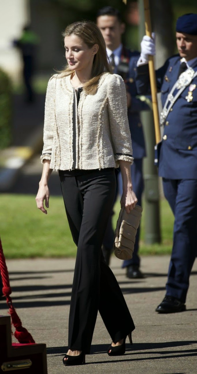 of spain queen letizia of spain photo 718374 0 vote 683x1293