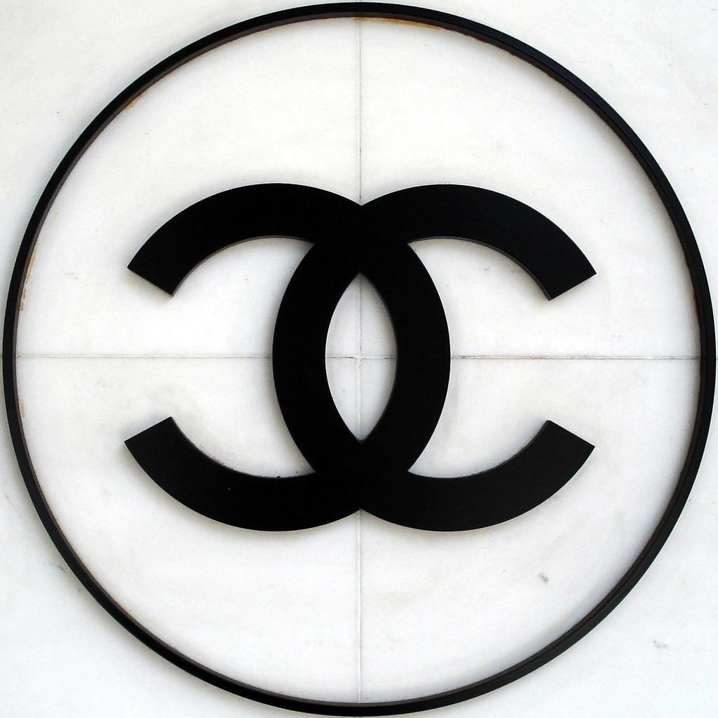 Logo Chanel Wallpaper HD Wallpaper WallpaperMinecom 1024x1024