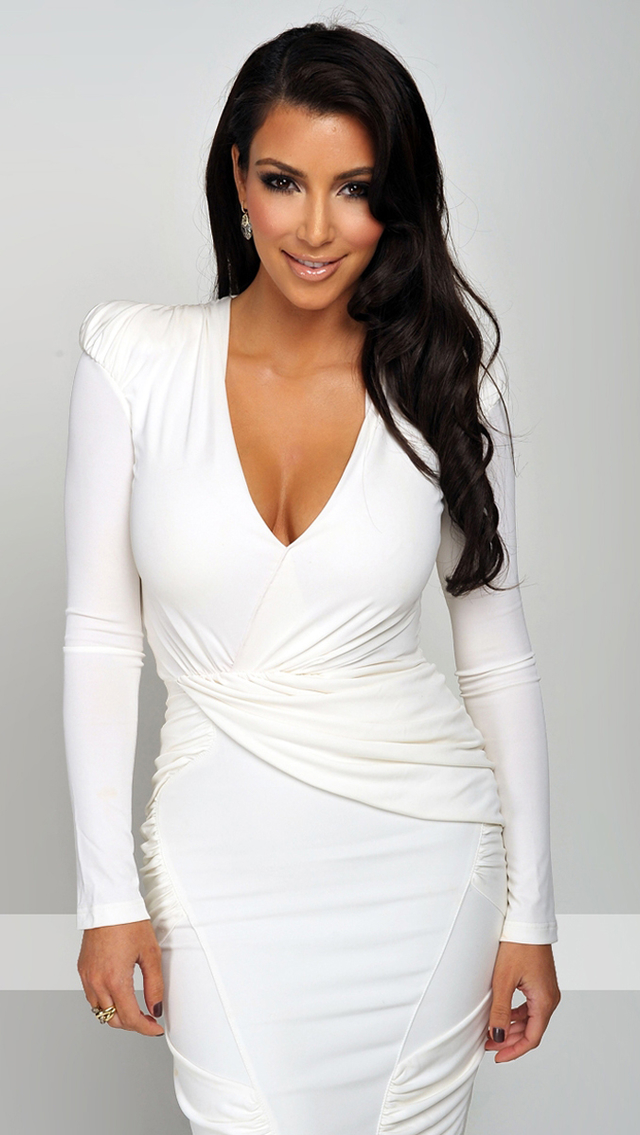 download Kim Kardashian White Dress Wallpaper iPhone 640x1135