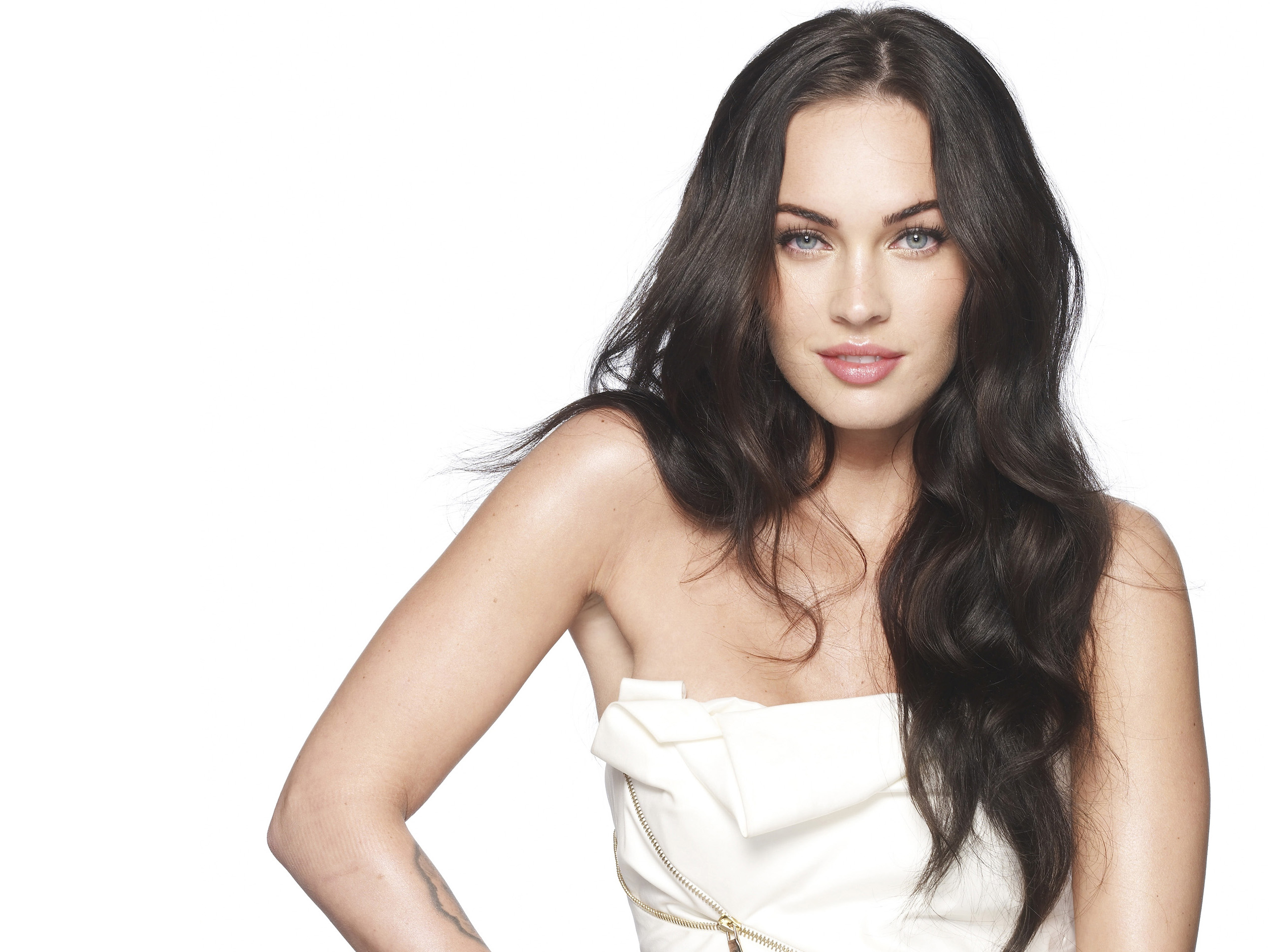 MEGAN FOX WALLPAPERS FREE Wallpapers Background images 2560x1920