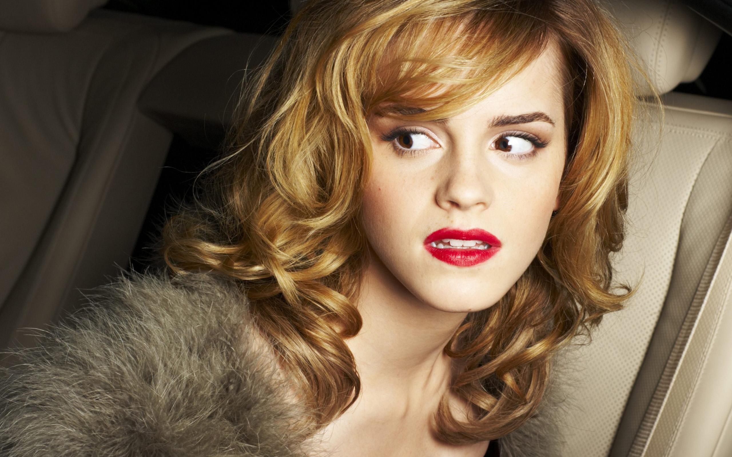 Emma Watson 2009 Widescreen Wallpapers HD Wallpapers 2560x1600