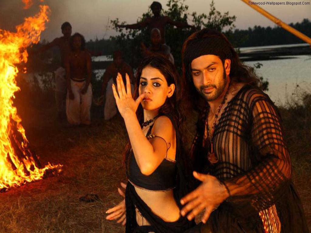Tollywood Wallpapers Urumi Telugu Movie Wallpapers 1024x768