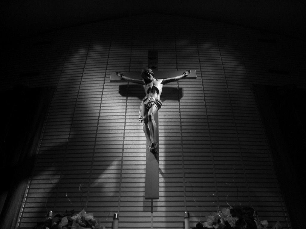 On The Cross   Jesus Wallpaper 11046066 1024x768