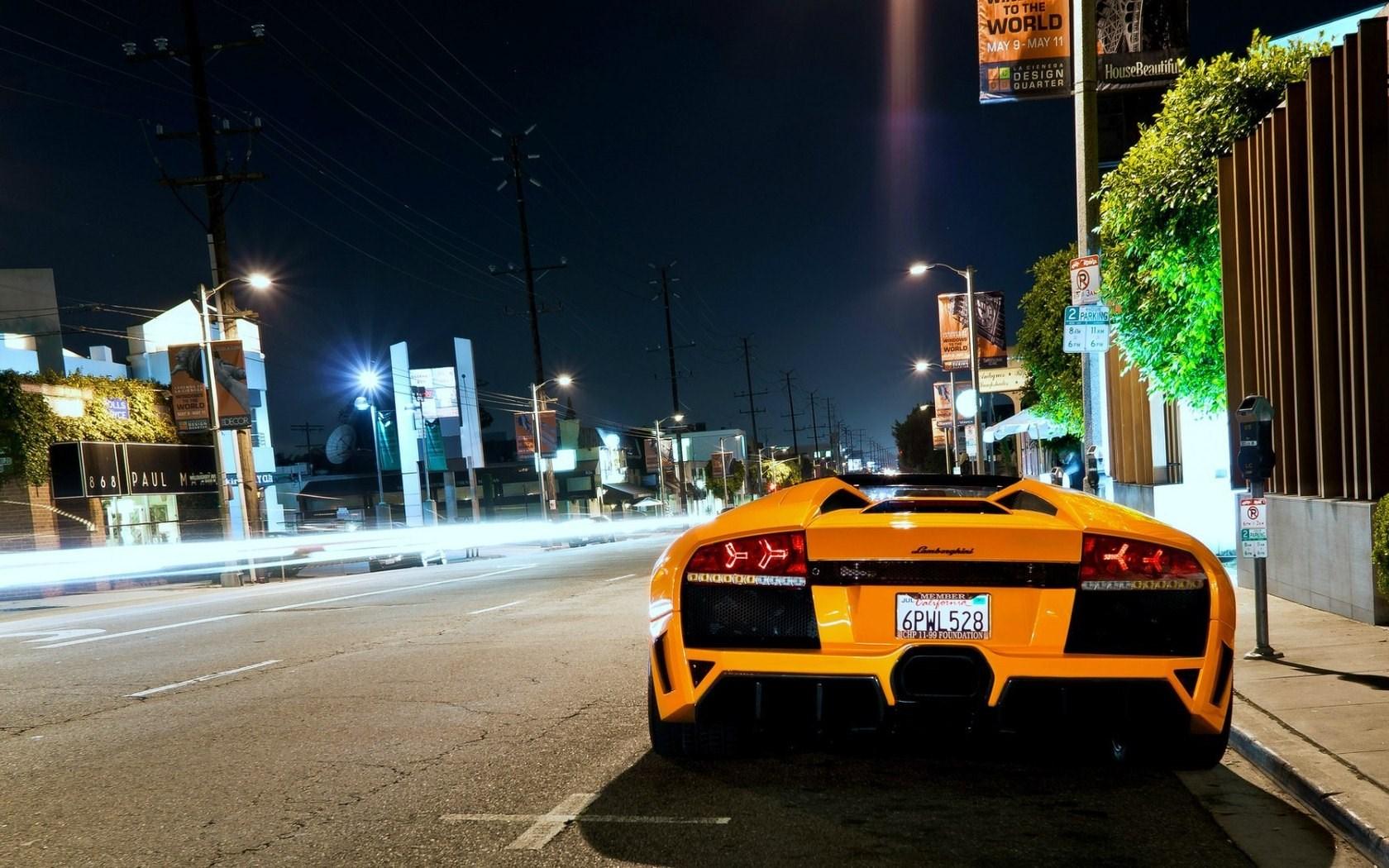 murcielago roadster street night city photo wallpaper 1680x1050 1680x1050