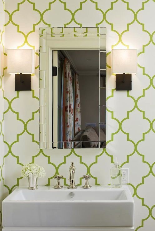 trellis wallpaper green trellis wallpaper moroccan wallpaper green 497x740