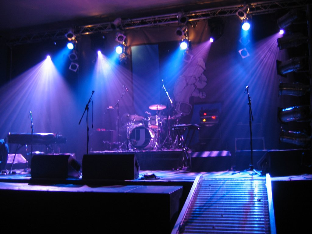 Concert Stage Lights Lighting staging stage 1024x768