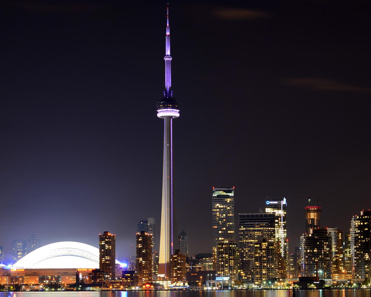 Toronto CN Tower At Night Wallpaper 1280x1024