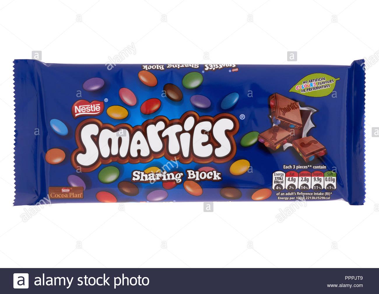 Nestle Smarties sharing block chocolate bar on white background 1300x1008