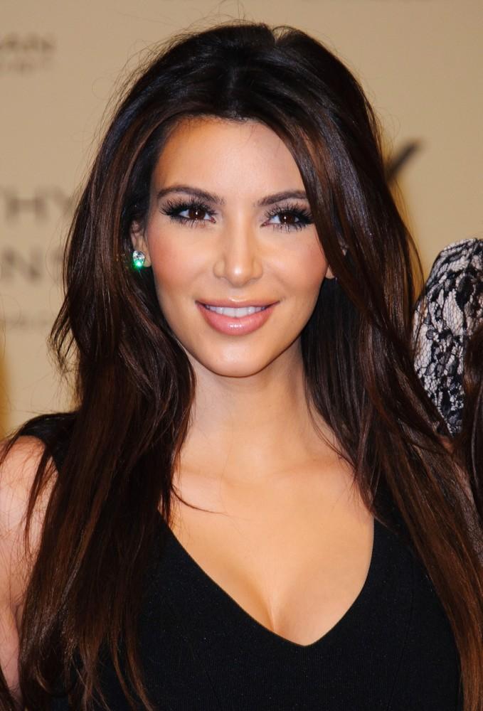 Kim kardashian style 2013 wallpapers Background HD Wallpaper for 679x1000