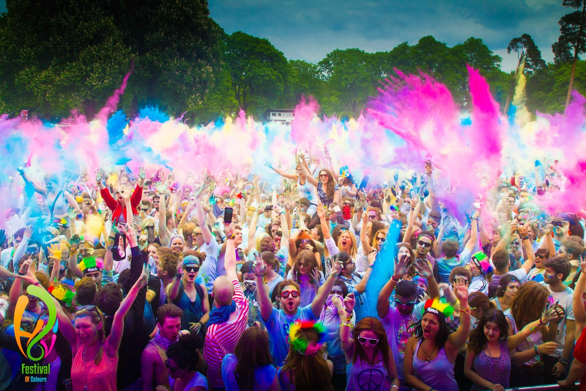 Peoples Celebrating Holi Festival of Colors Wallpapers HD Wallpapers 1920x1280