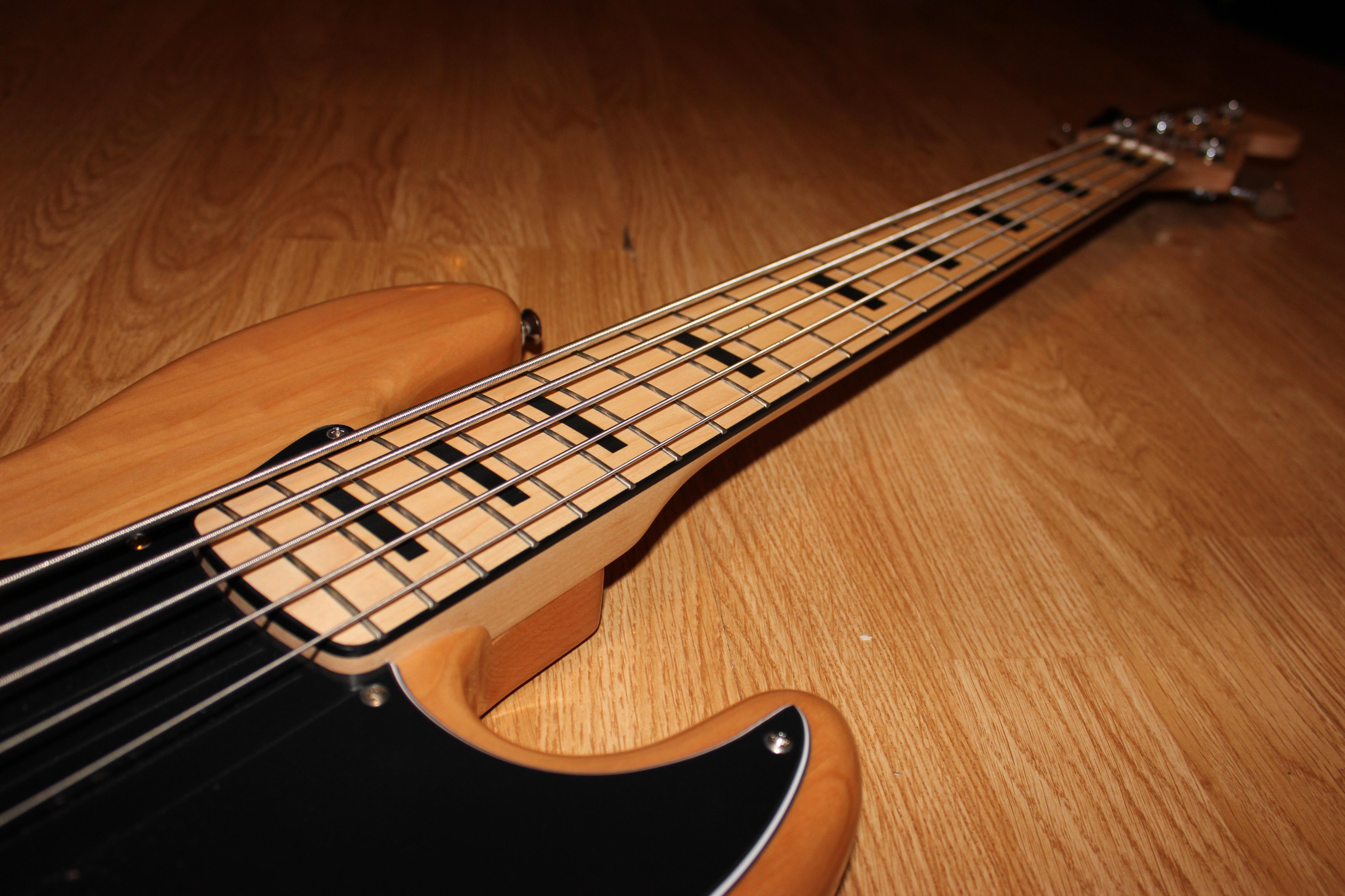 String Bass Guitar Wallpaper 5 string jazz bass   02 by 5184x3456