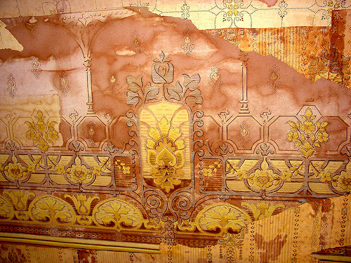Ornate Victorian Wallpaper pattern Flickr   Photo Sharing 500x375