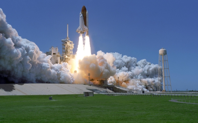 Discovery space shuttle wide monitor hd wallpaper
