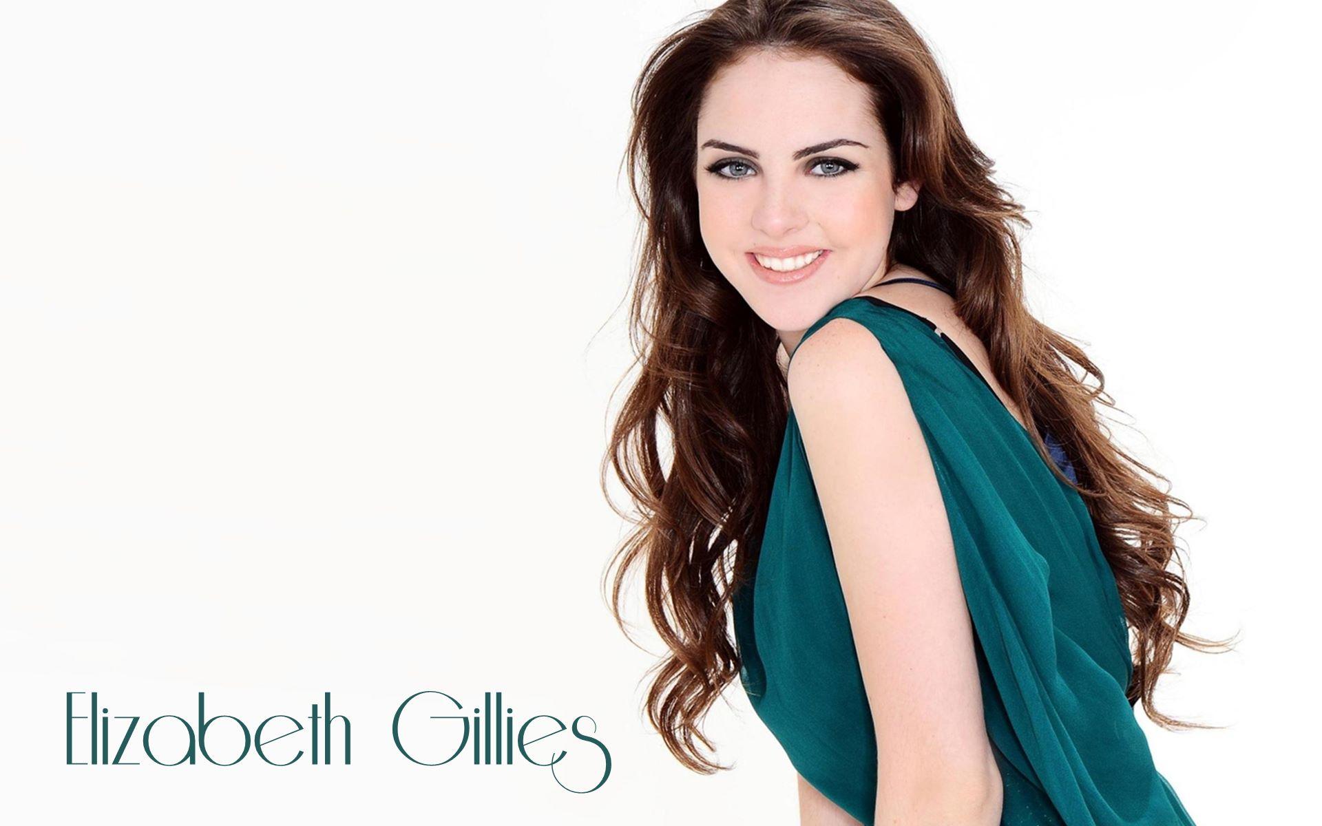 Elizabeth Egan Gillies født 26 juli 1993 i Haworth New Jersey er en amerikansk skuespiller og artist Gillies er først og fremst kjent for å spille Jade West i