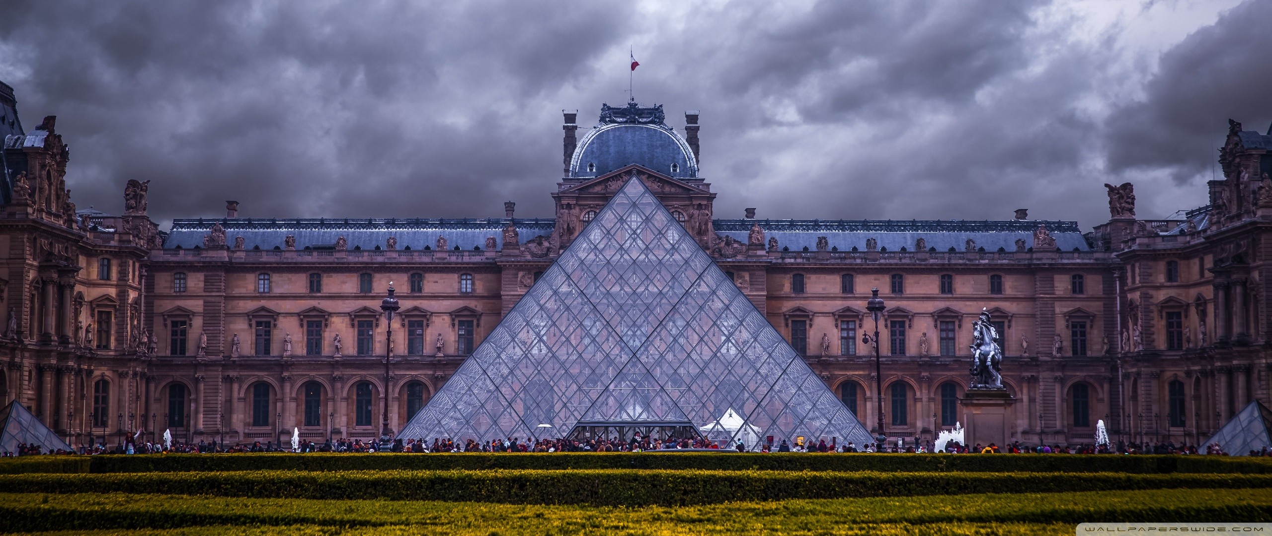 Louvre Museum Paris France 4K HD Desktop Wallpaper for 4K 2560x1080