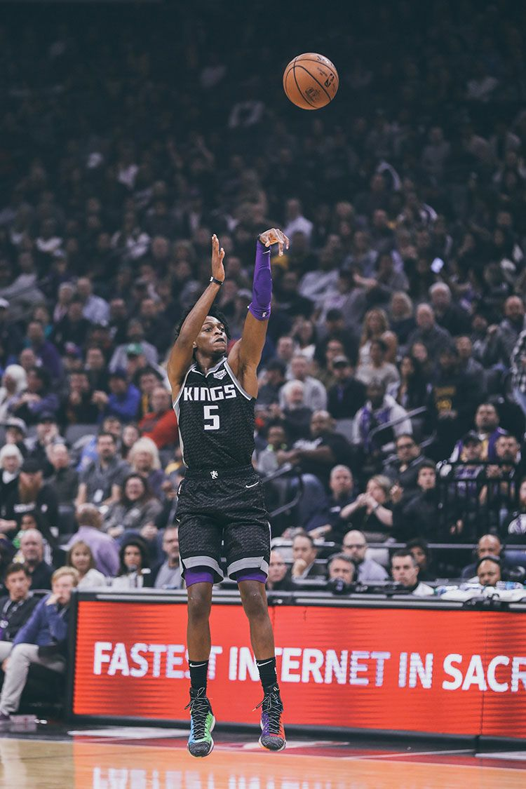 Photo Gallery With images Sacramento kings Basketball 750x1125