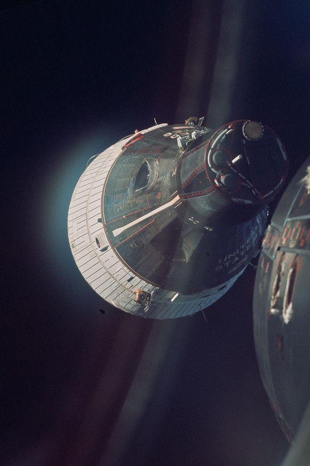 NASA Gemini Mission Photos as iPhone Retina Wallpapers Space 640x960