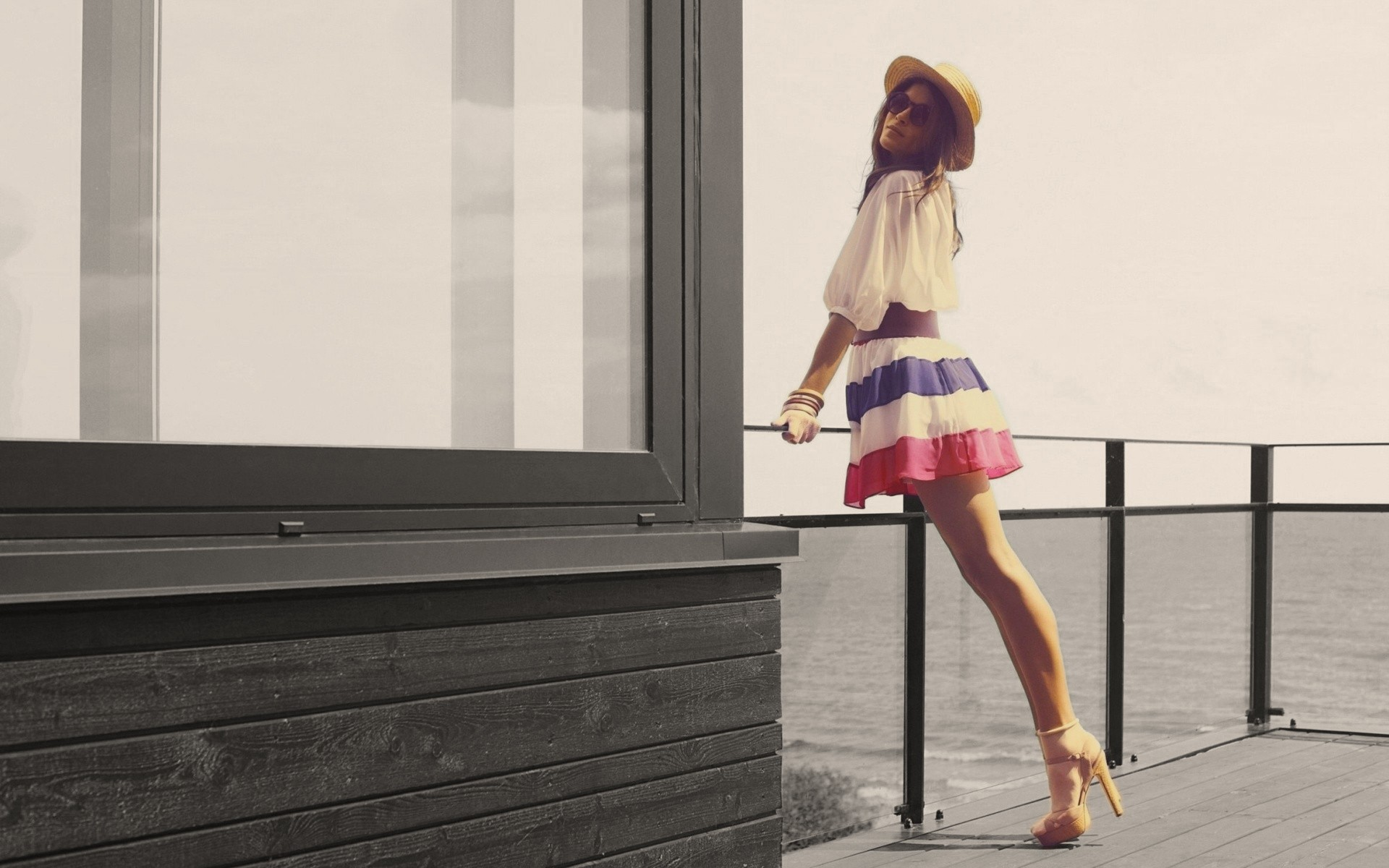 Long legs images for desktop and wallpaper   Picture for 1920x1200