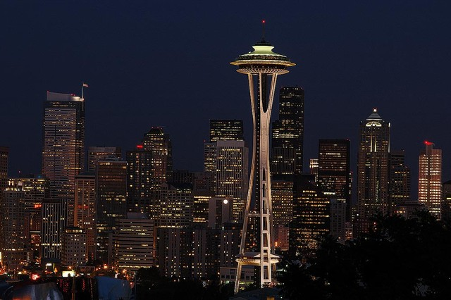 Seattle Skyline at Night Wallpaper Wall Mural   Self Adhesive 640x426