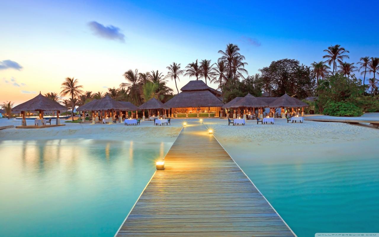 Maldive Islands Resort 4K HD Desktop Wallpaper for 4K Ultra HD 1280x800