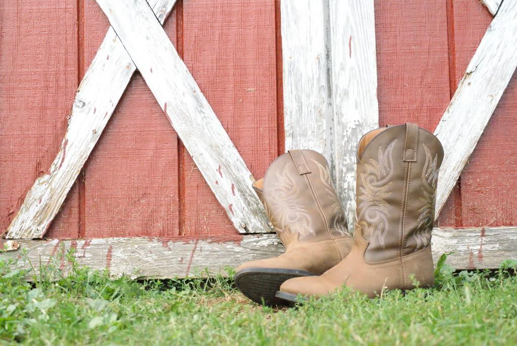 45+] Cowboy Boots Wallpaper on WallpaperSafari