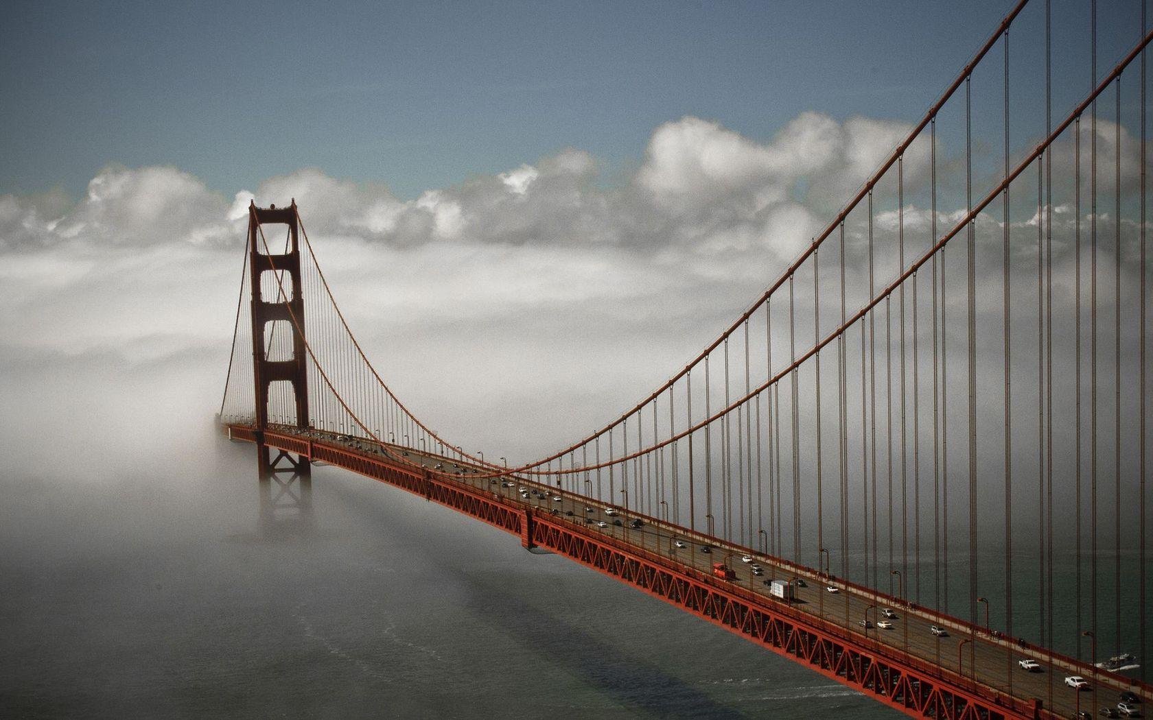Golden Gate Bridge wallpaper 19172 1680x1050