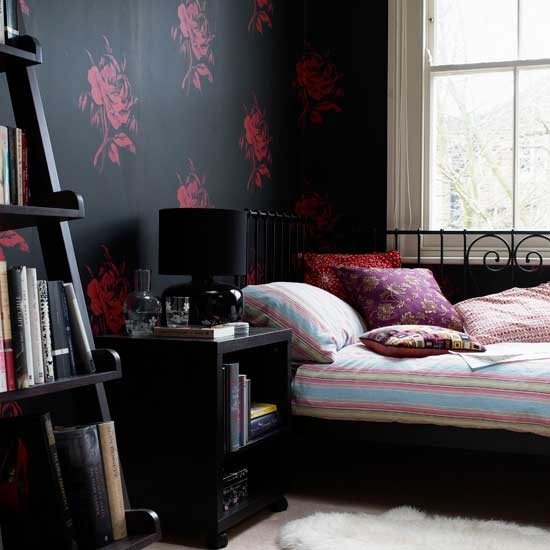 Bedroom with black wallpaper Bedroom wallpapers Feature wallpapers 550x550