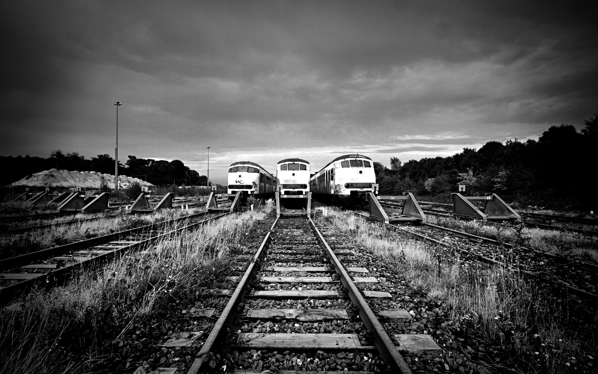 Three Old Train Wallpaper HD 9899 Wallpaper Wallpaper Screen 1920x1200