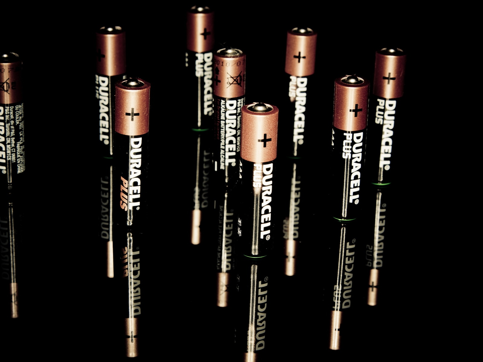 Wallpaper Duracell battery 2560x1600 HD Picture Image 1600x1200