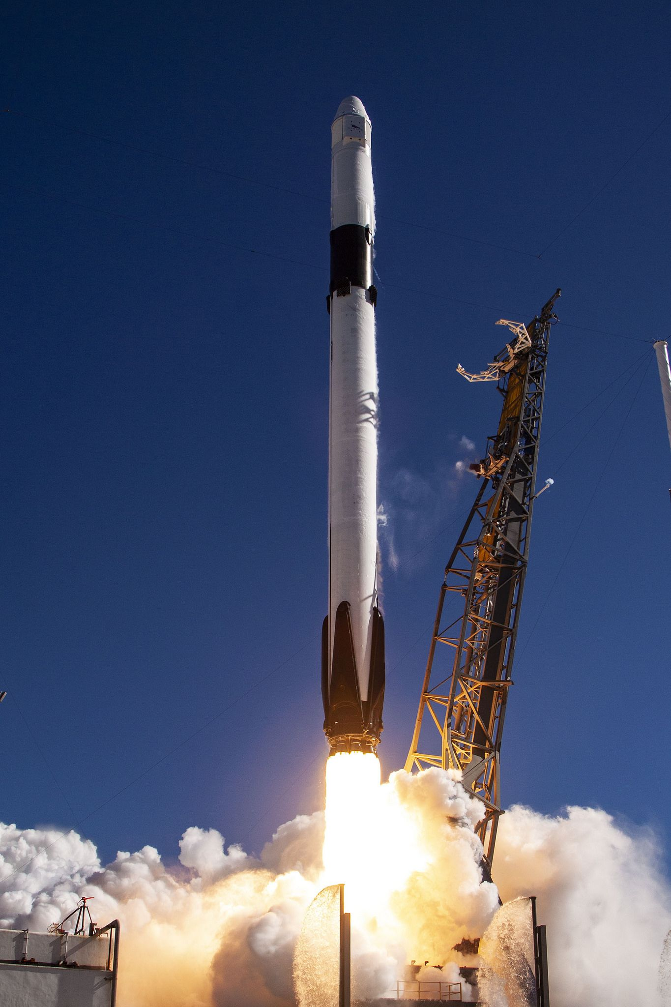 CRS 16 Mission Spacex Spacex dragon Rocket 1365x2048