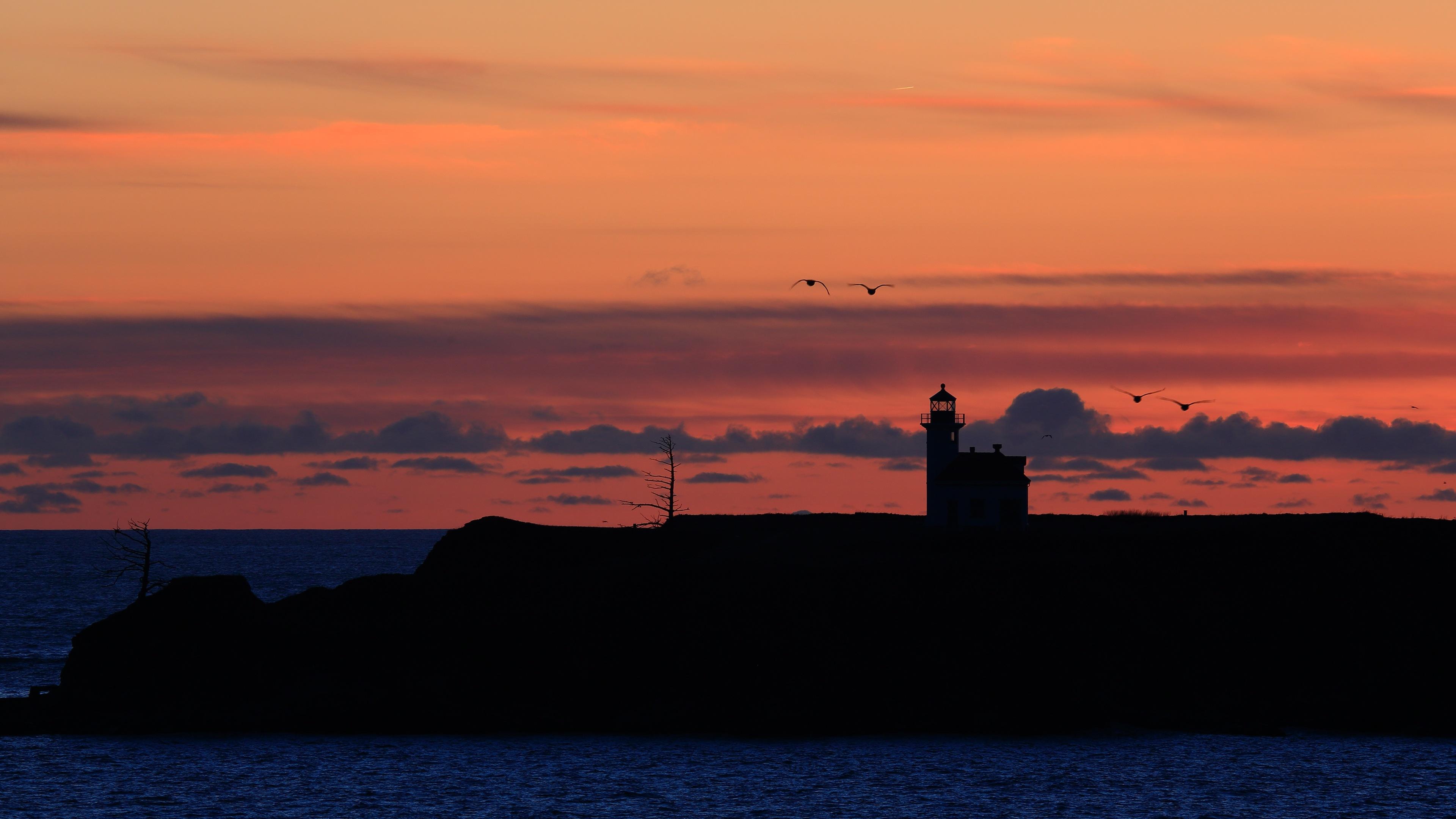 Ocean Lighthouse Sunset Seagulls 4K Ultra HD Desktop Wallpaper 3840x2160