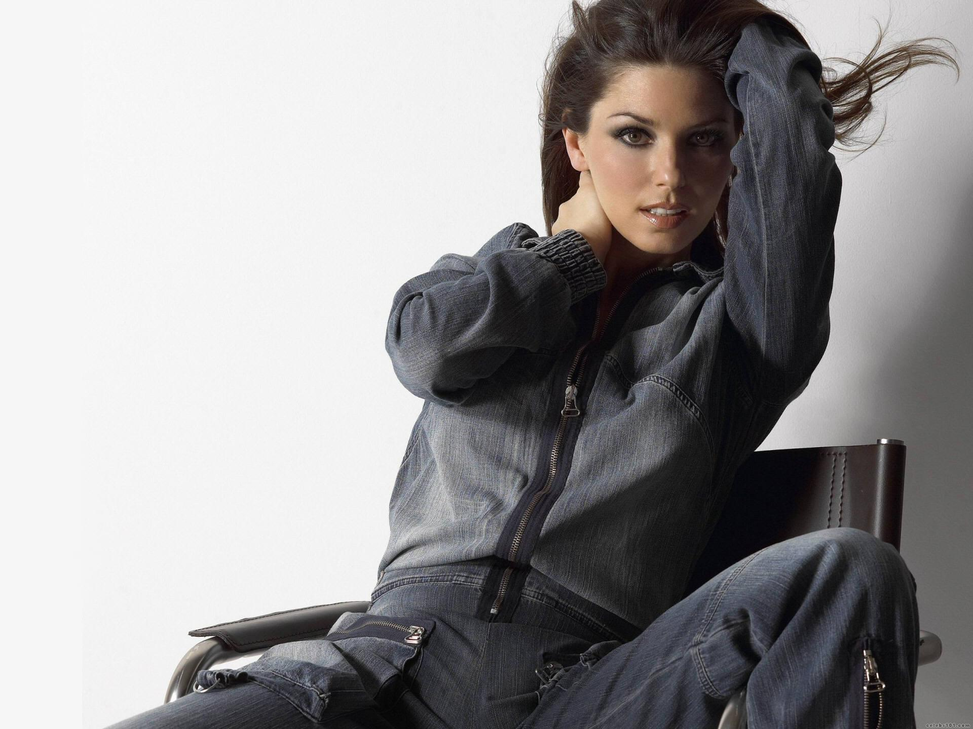 Shania Twain High quality wallpaper size 1920x1440 of Shania Twain 1920x1440