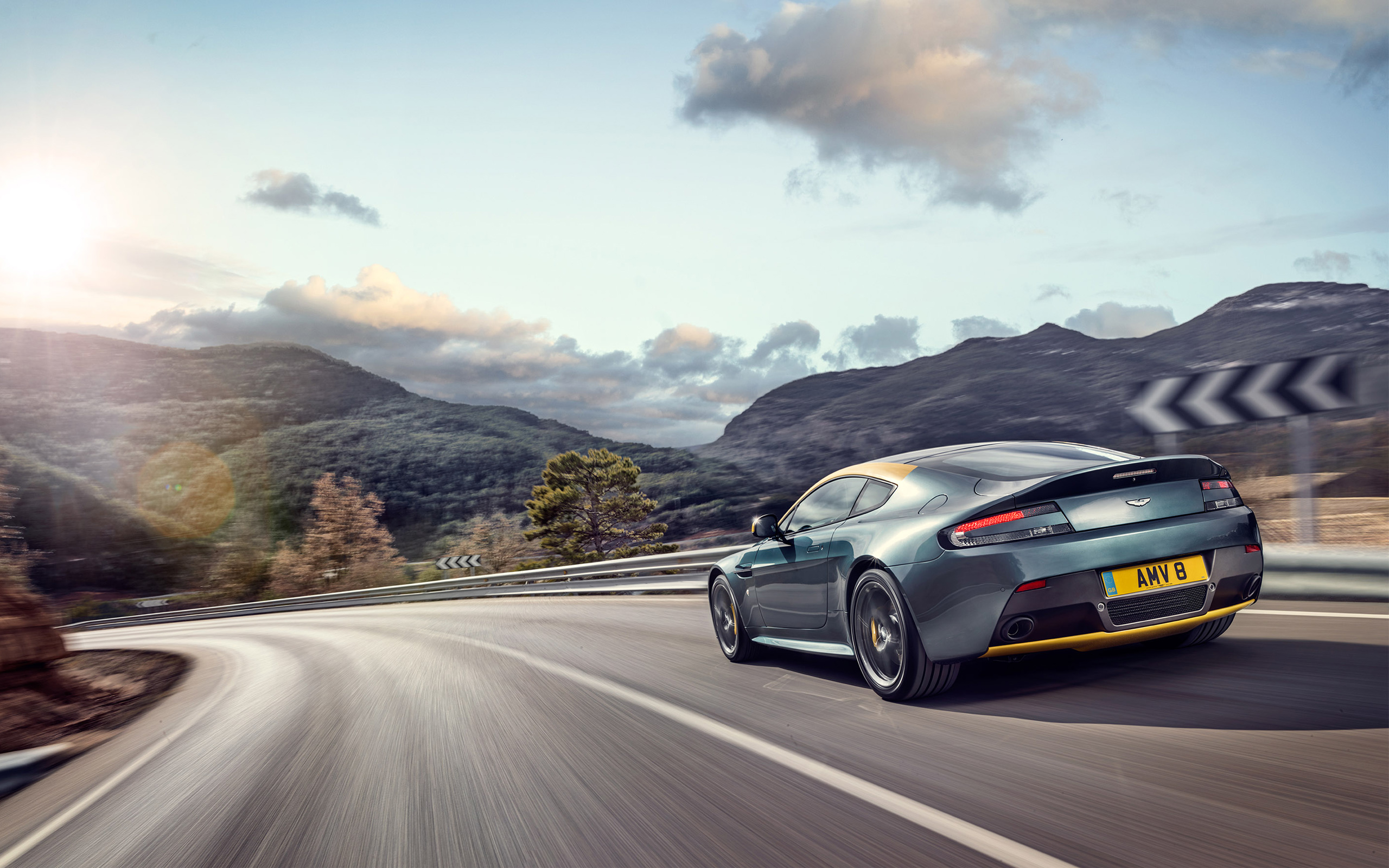 2014 Aston Martin V8 Vantage N430 3 Wallpaper HD Car Wallpapers 2560x1600