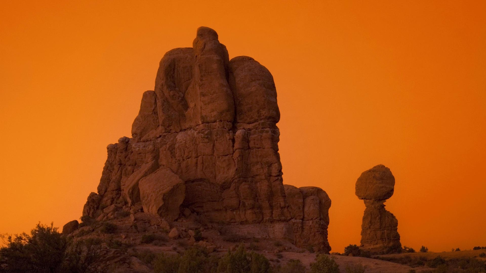 Balanced Rock Arches National Park Utah HD Wallpaper   Creative Pics 1920x1080