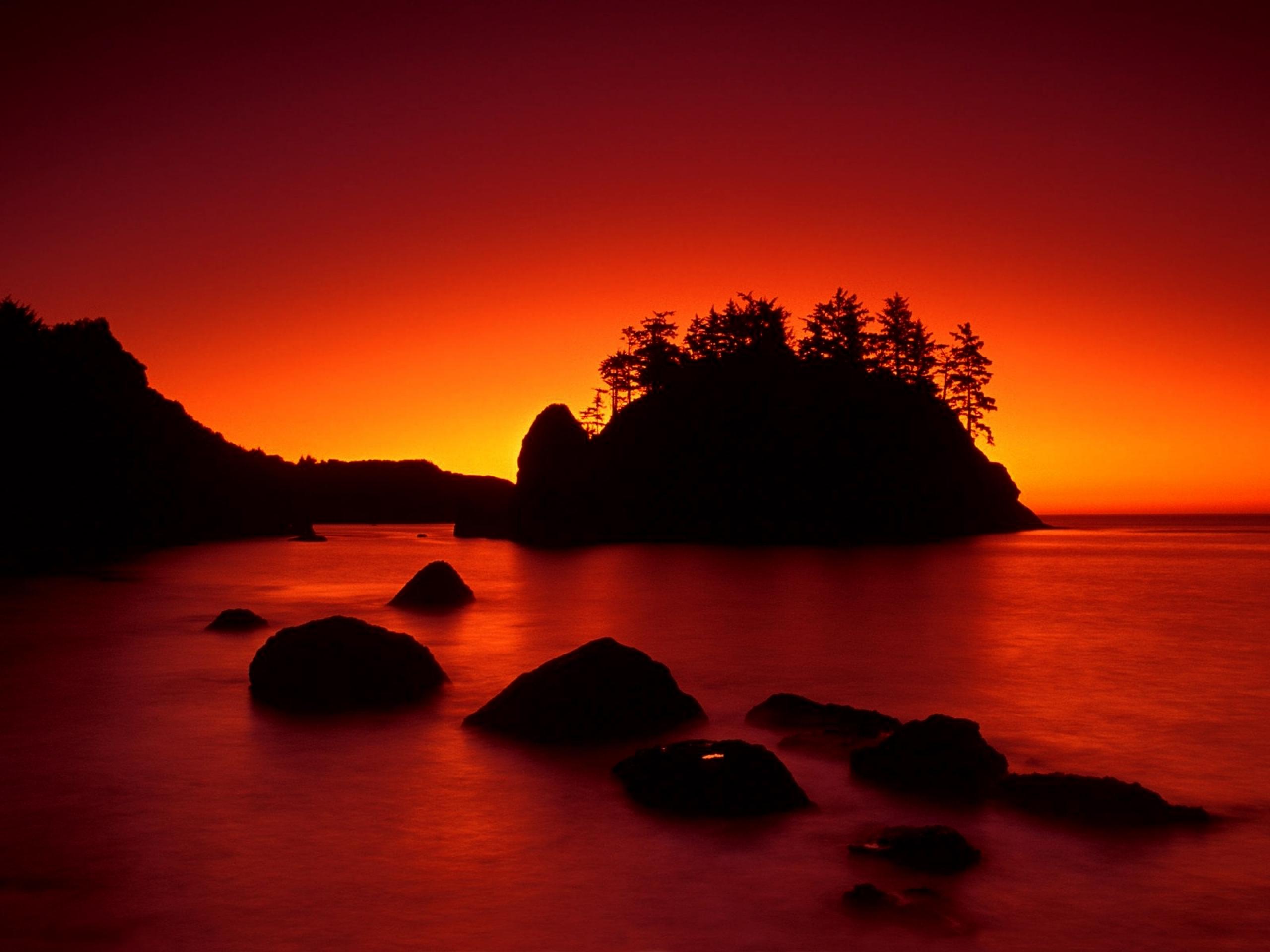 Sunset Ocean Dark Island wallpapers Red Sunset Ocean Dark Island 2560x1920