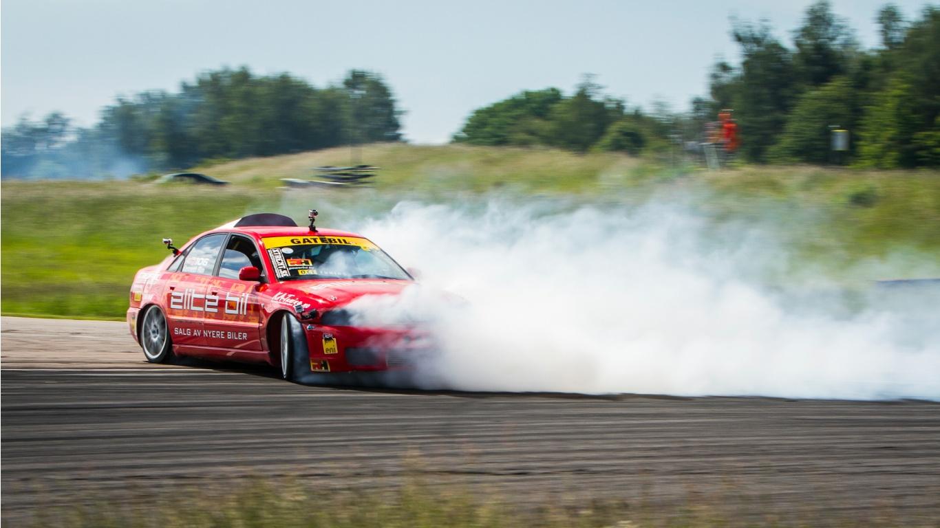 Drifting Car Wallpaper in 1366x768 Resolution 1366x768