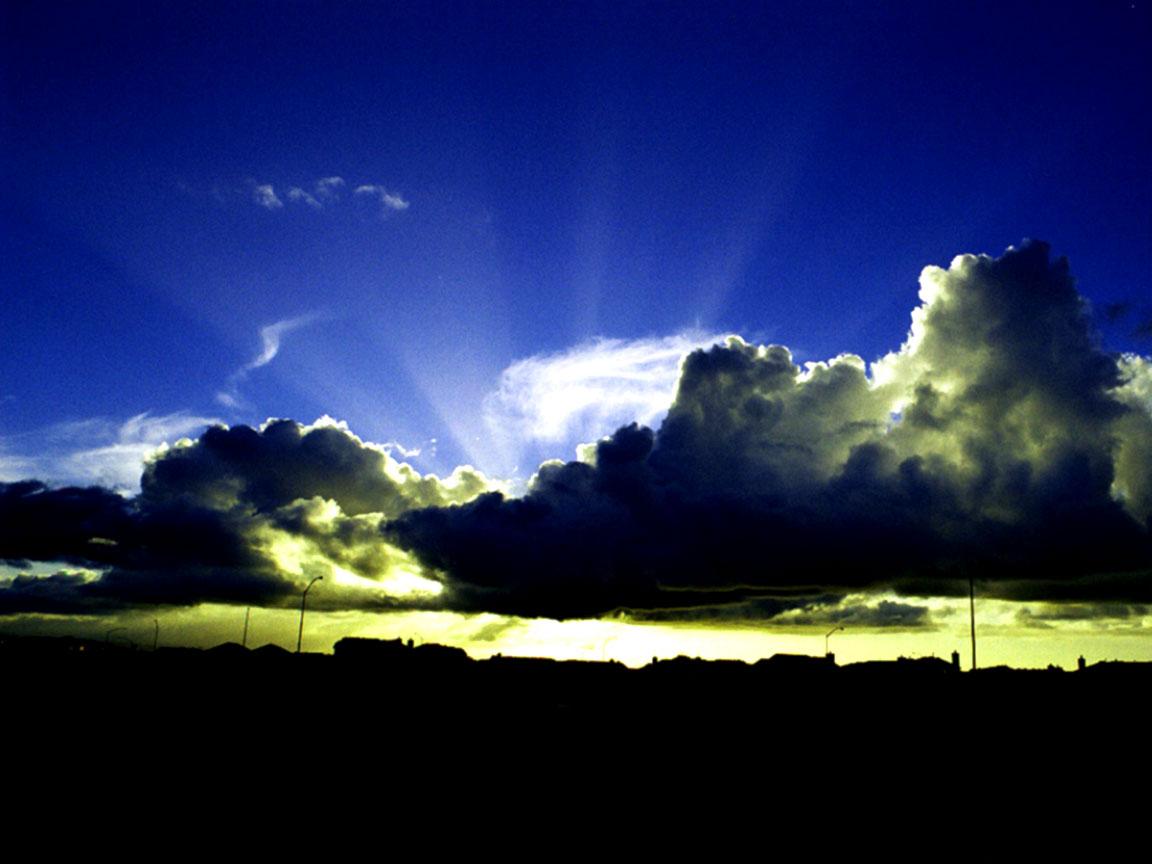 Sunny sky wallpaper 1152x864