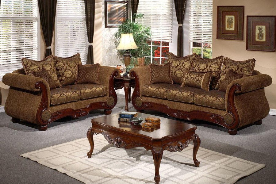 Living Room Furniture   Murselago Traditional Style Living Room 900x600