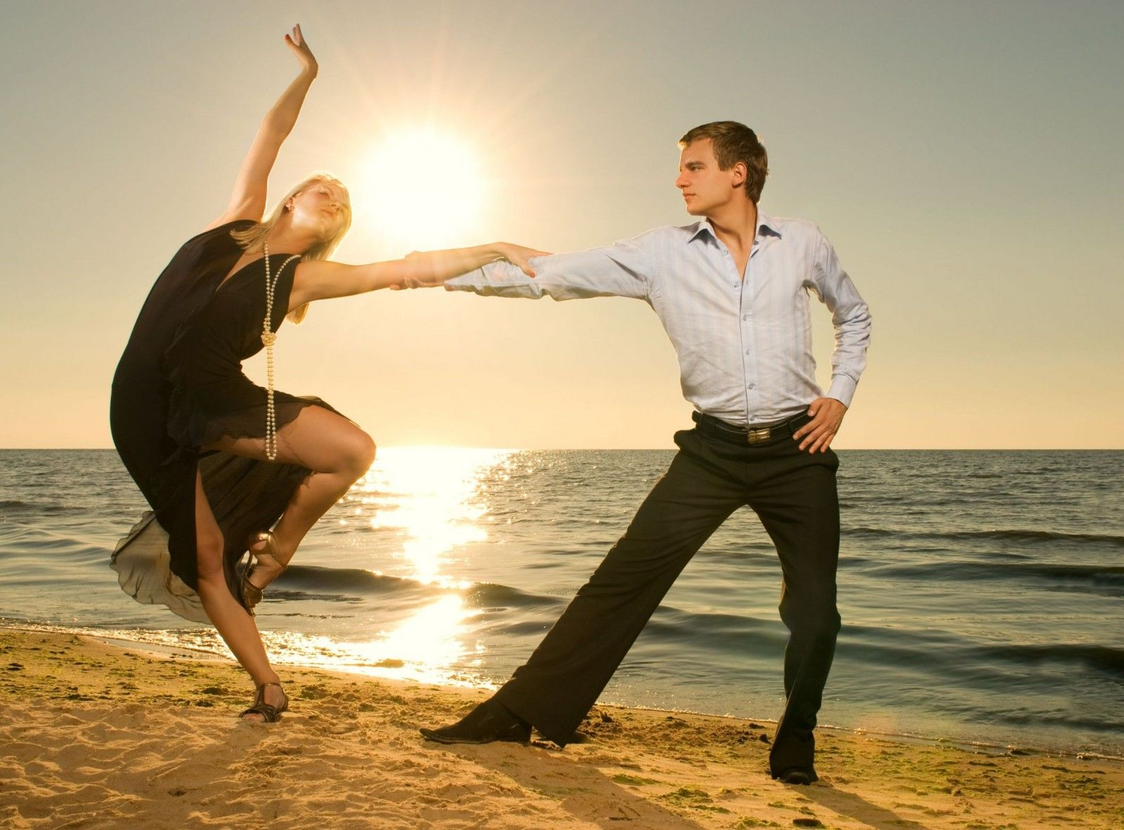 Love Couple Wallpaper Beach Pictures Ideas Of Couple Photo 1600x1182