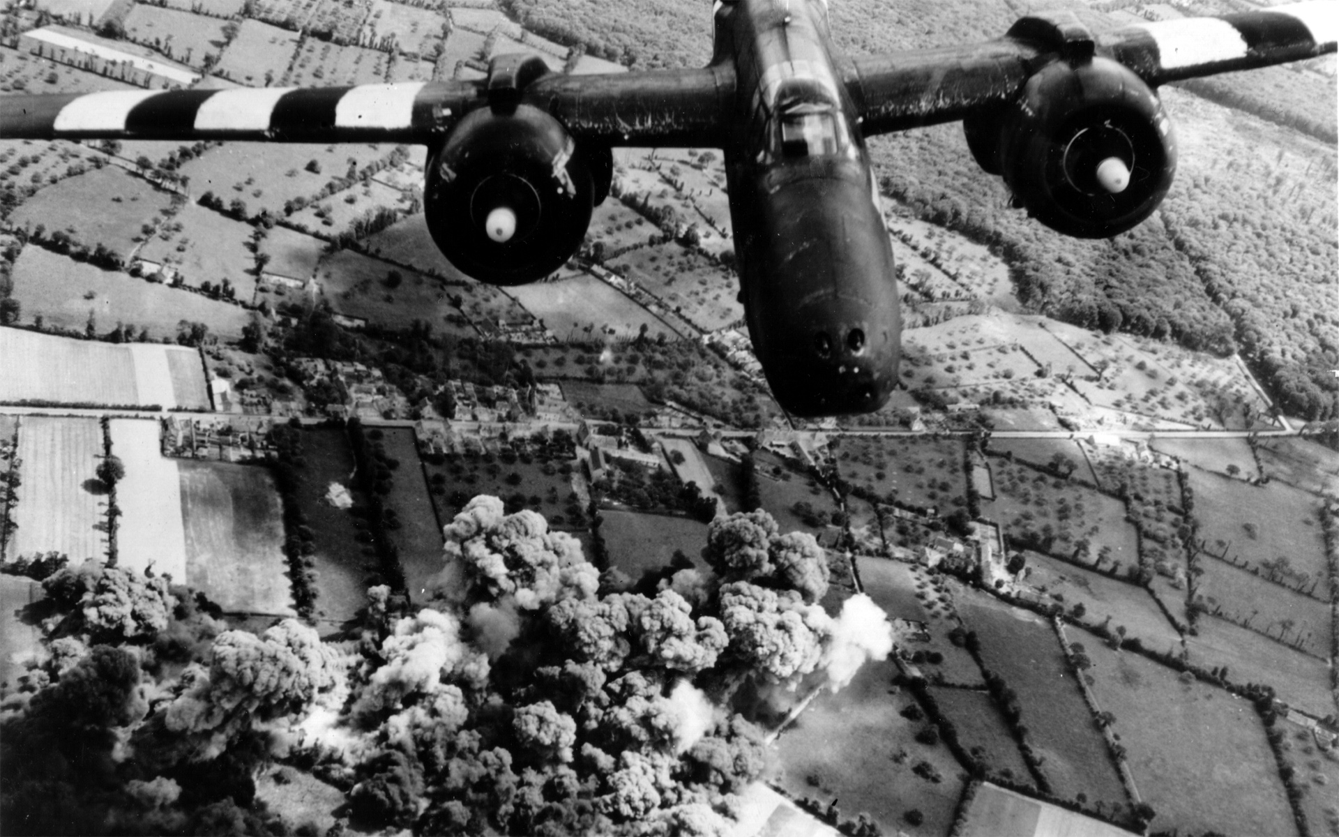 Bomber History Wallpaper 1920x1200 Bomber History World War II 1920x1200