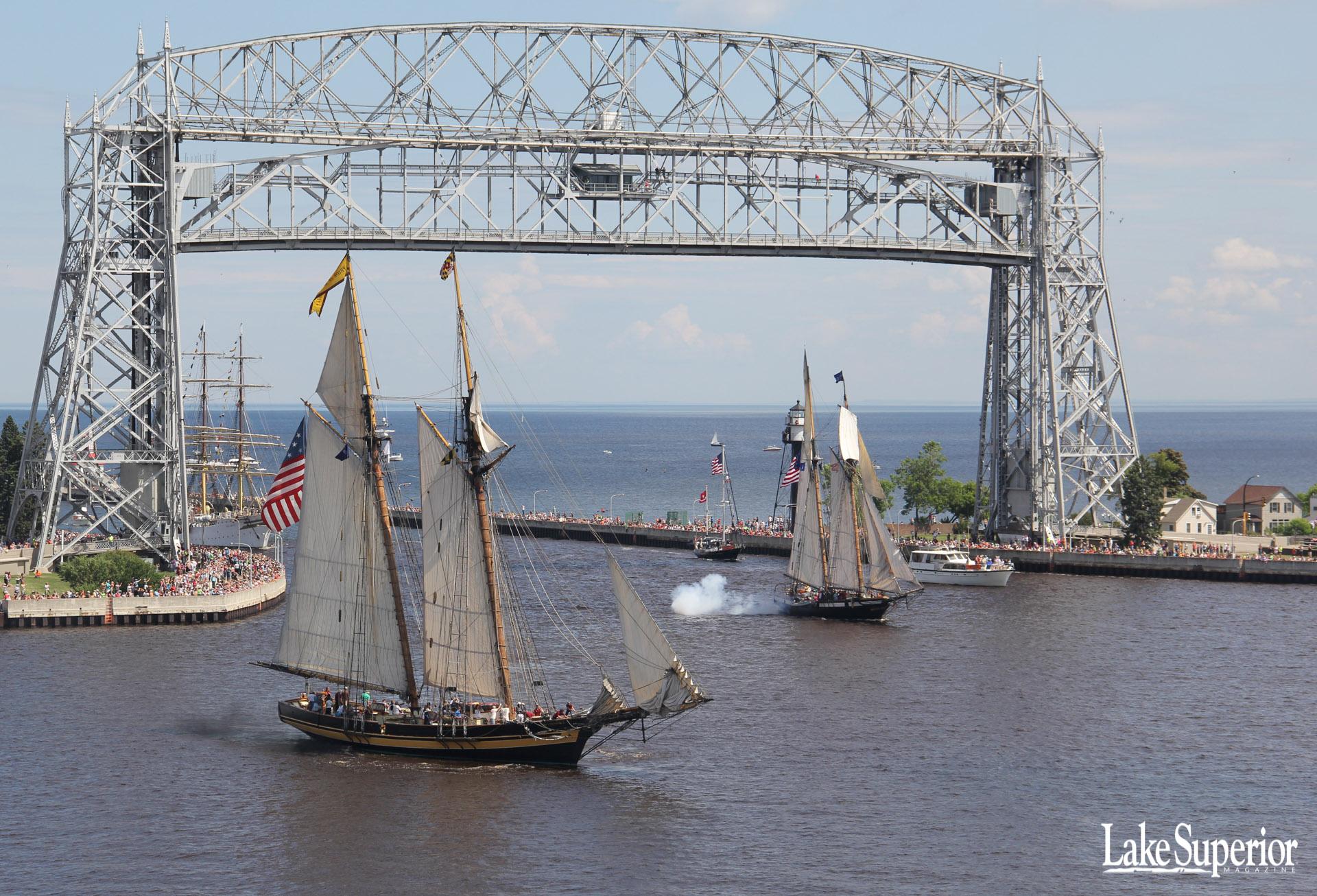 Duluth Lake Superior Ships 1920x1306